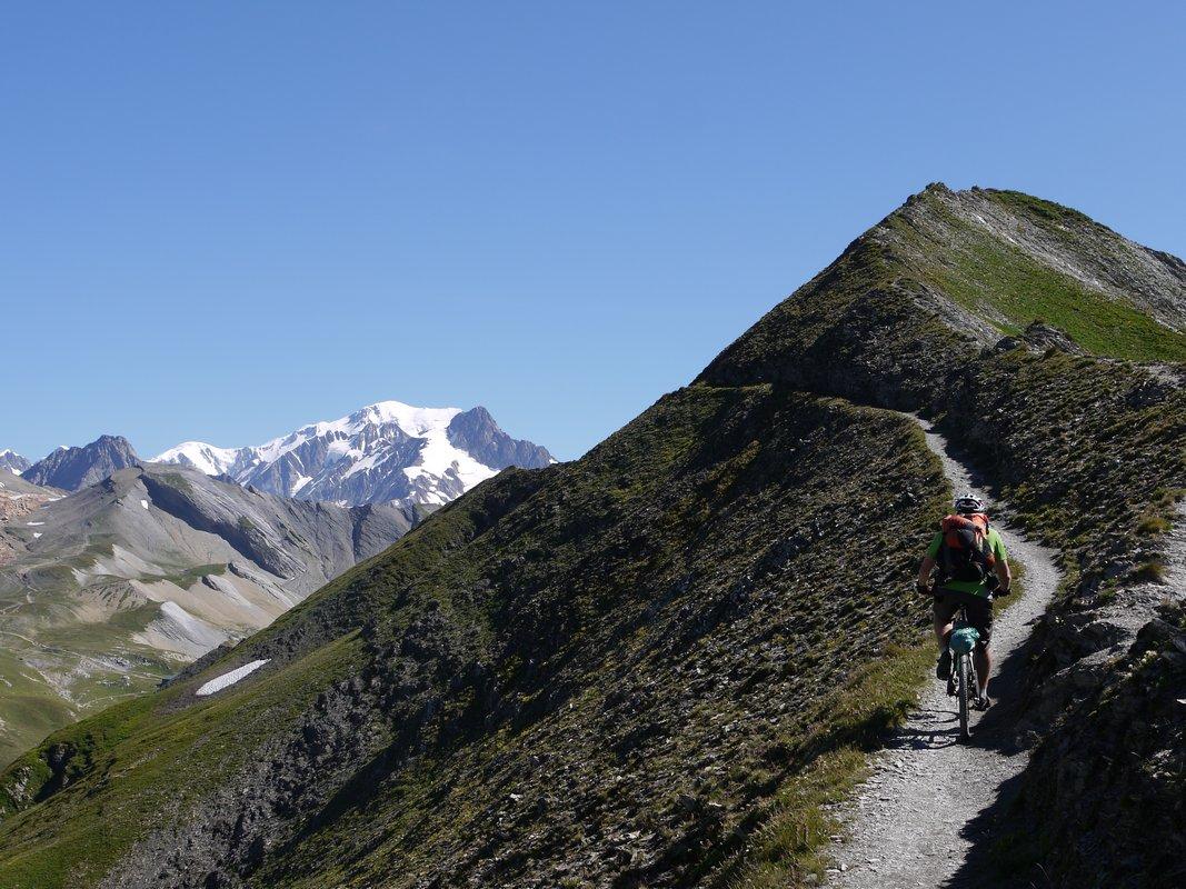 Sentier caviar Face au Mt Blanc